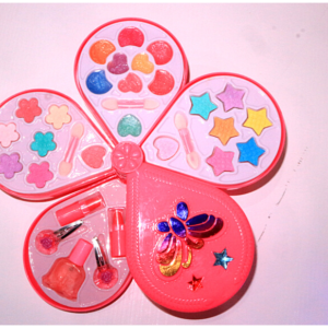 Make- Up Set Dream Girl Toys For Kids – KidsValley.pk