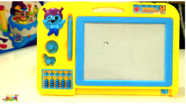 Portable Small Magnetic Writing Board Child Drawing Board Stamp Tape Small Doodle Board Writing Drawing Board Early Learning Toy