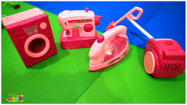 FUN LITTLE TOYS Kid's Pretend Play Cleaning Toy Set